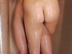 Lesbian, Shower